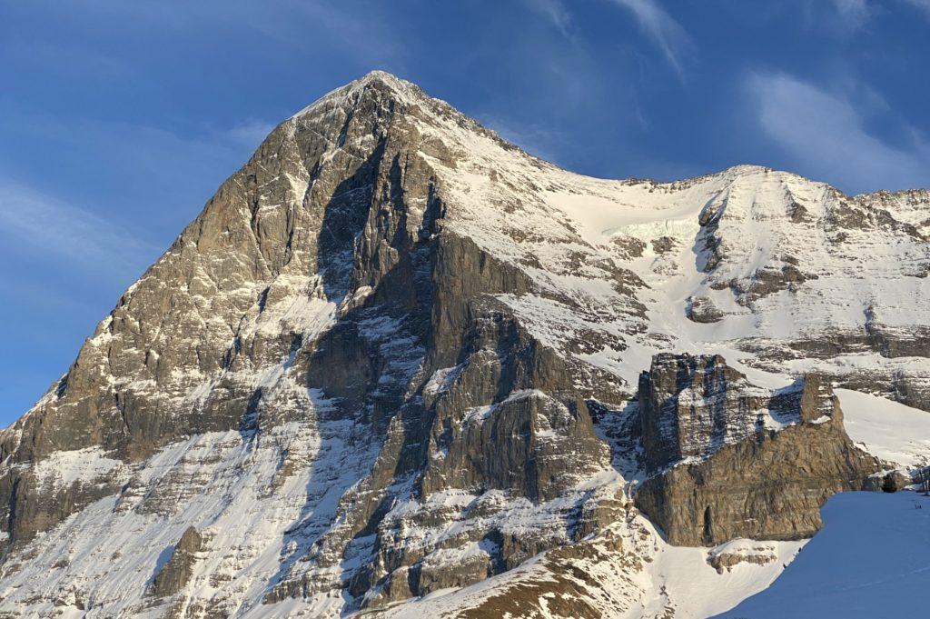 obhijaanHead piece Shining mountain (3)